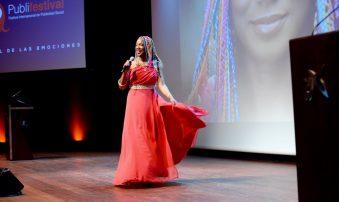 Lucrecia en los Premios Empresa Social